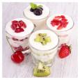 Se pueden añadir frutas o hacer recetas con el yogur hecho en casa